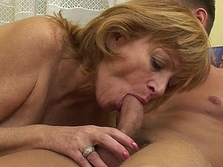 Una is not ergo youthful and fresh any more and this babe gets particular issues finging paramours now... Money could resolve those issues and this babe uses 'em widely. For a humble payout of $100 neighbour guy Vitaliy is ready to fuck her good and hard! That Guy merely asks that his mother wouldn't know it..