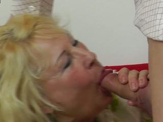 Free Skirl Porn Gallery